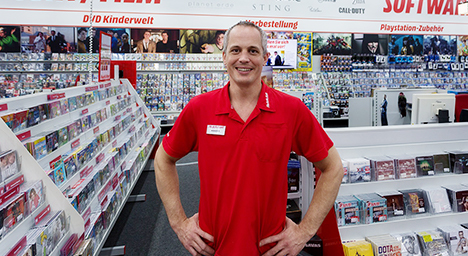 Auto Kühlschrank Media Markt : Outlet media markt verkauft ausstellungsstücke billiger bei ebay